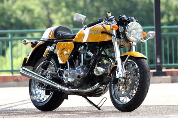 1978_Ducati_900GTSport.jpg