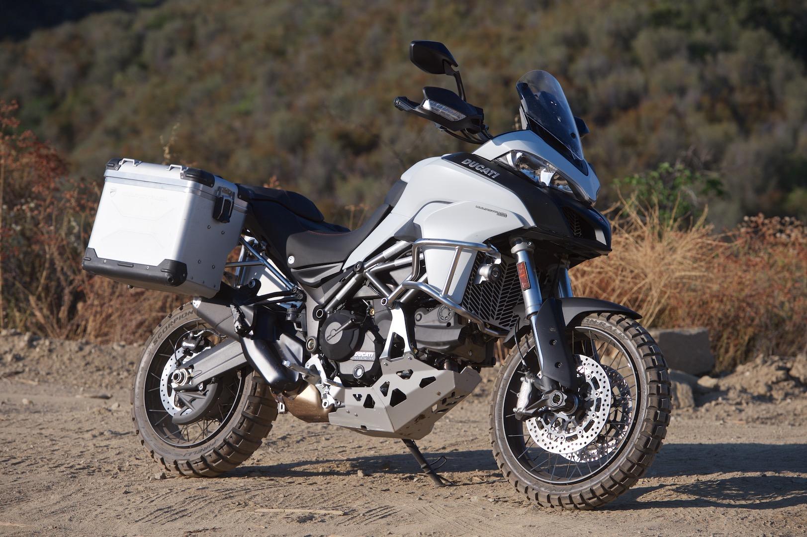 2017-Ducati-Multistrada-950-Review-ADV-motorcycle-12.jpg