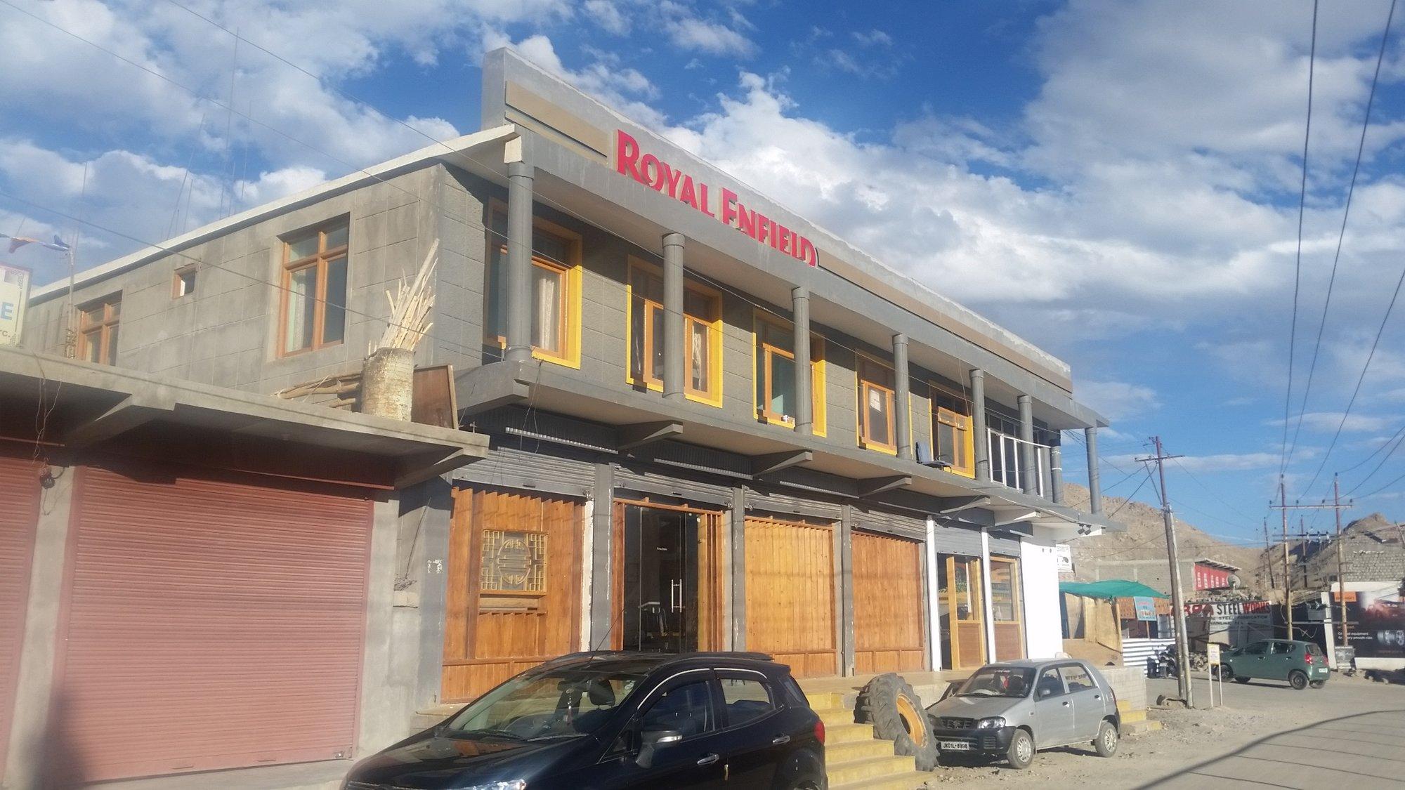 2018-09-06 Royal Enfield shop-Leh .jpg