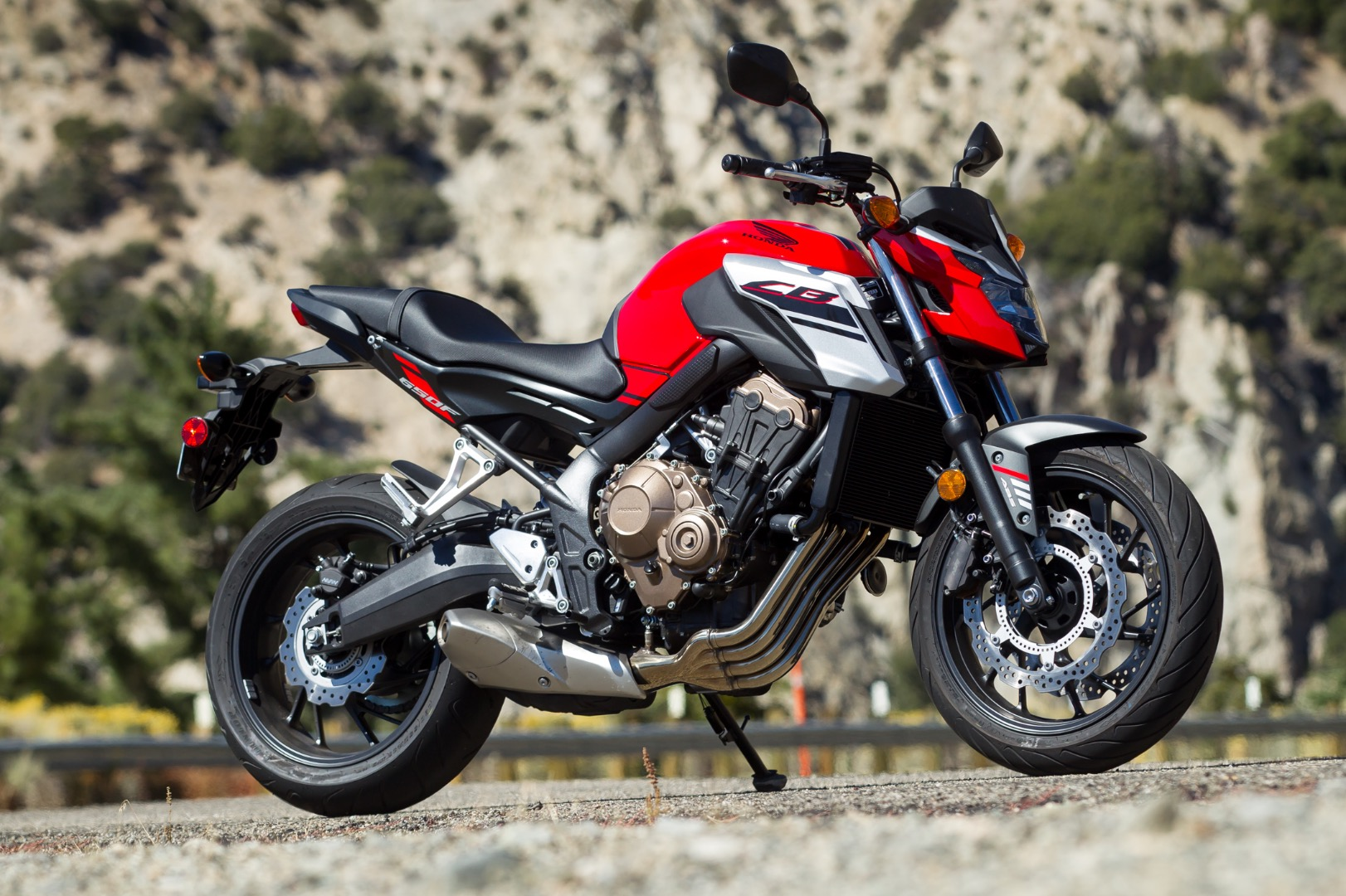 2018-Honda-CB650F-Review-Sport-Motorcycle-7.jpg
