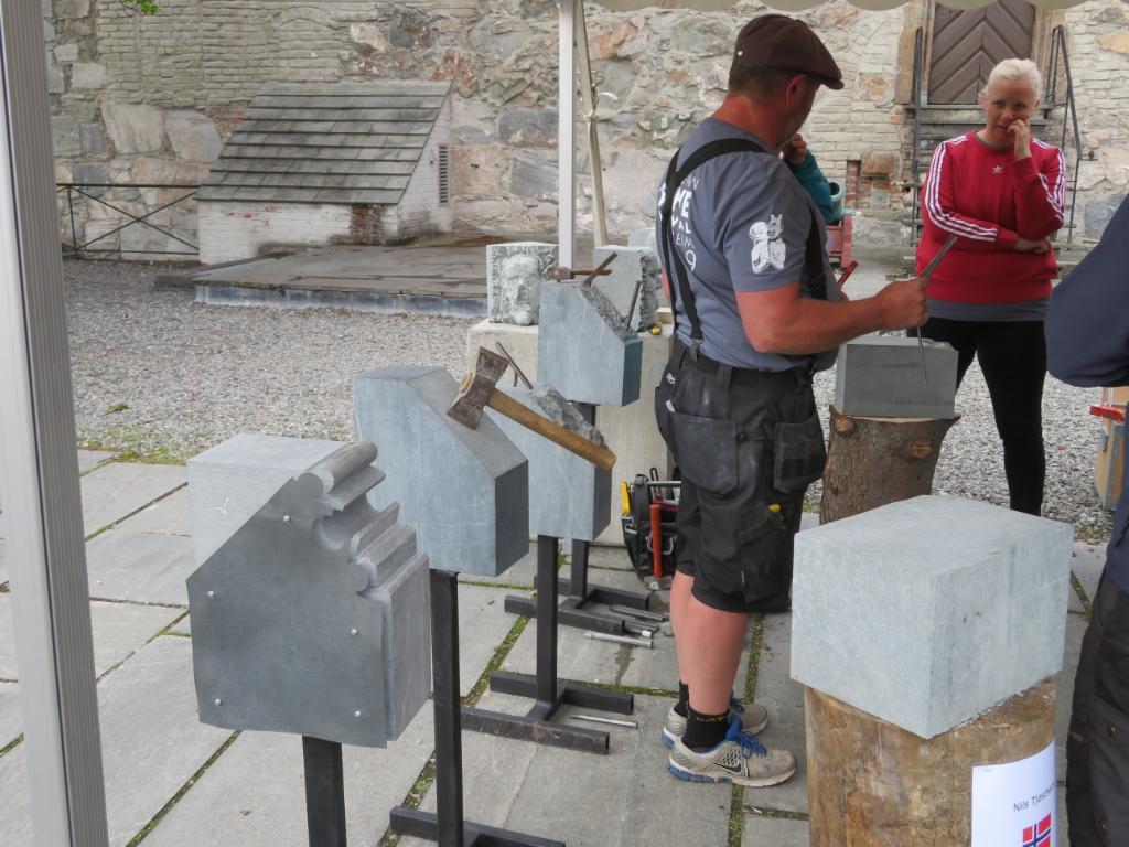 2019-06-22 Tronheim stone carvers 9_1561223876552_17.JPG