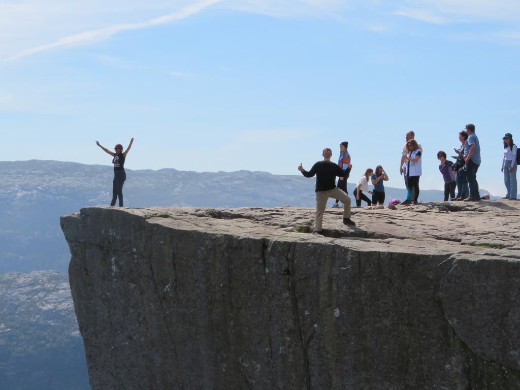 2019-06-28 Preikstolen(Pulpit Rock) Norway (3).jpg