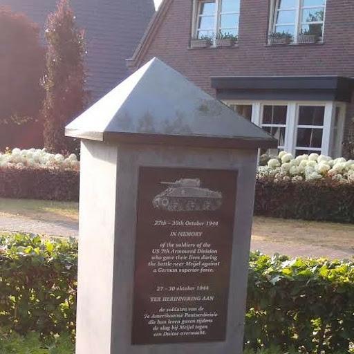 2019-07-09 Meijel monuments 1_1562797857333_1.JPG