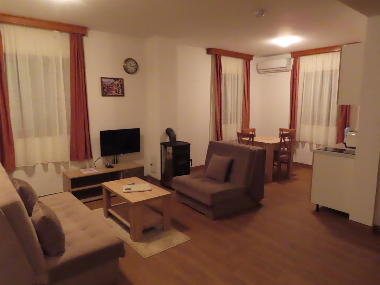 2021-09-21 My apartment  (3).jpg