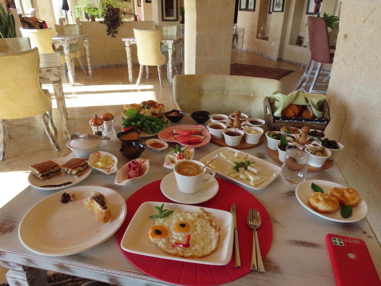 2021-10-05 Breakfast at Karlik Hotel  (5).jpg