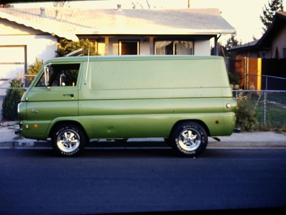 69  Dodge.jpg