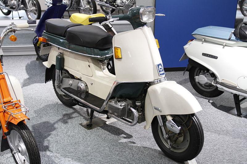 800px-HONDA_JUNO_M85_1962_in_Honda_Collection_Hall.jpg