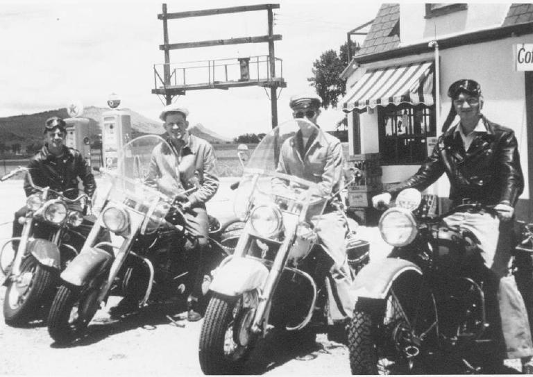 9-Year_1950_Sunday_ride_original.jpg