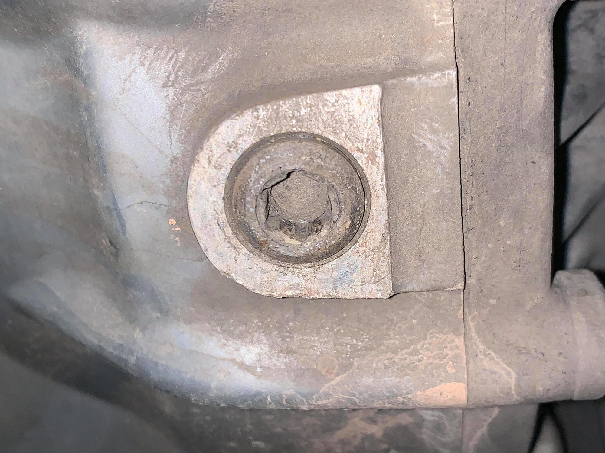A drain plug fucked.jpg
