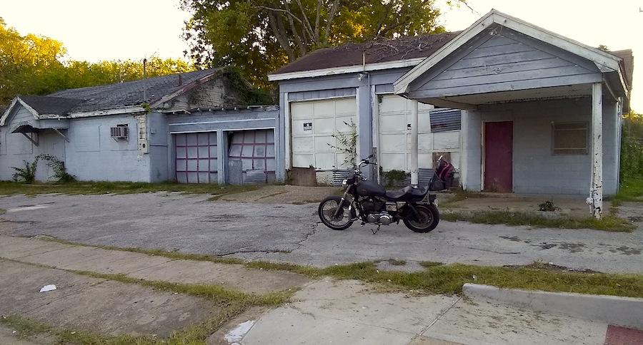 abandoned building 2.jpg