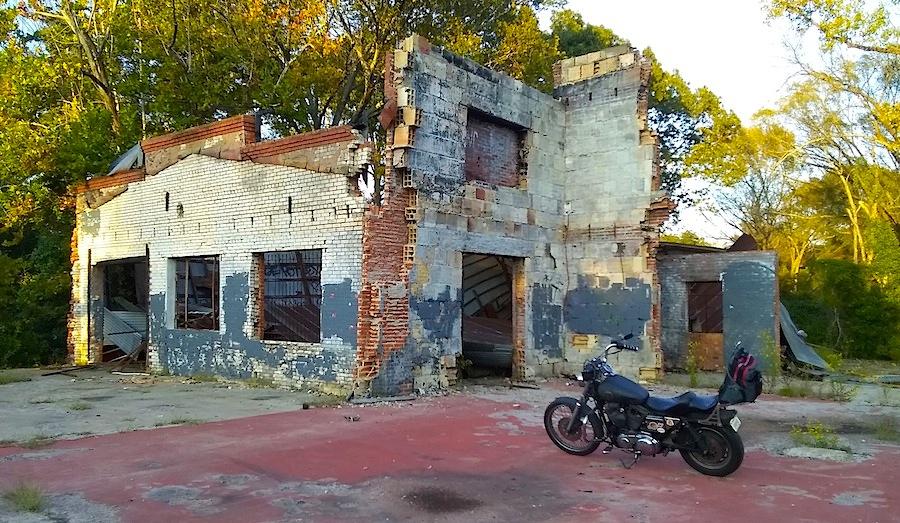 abandoned building.jpg
