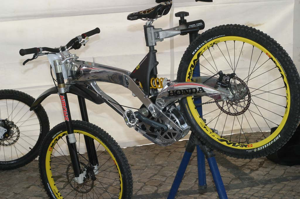 Bicicleta Honda.jpg