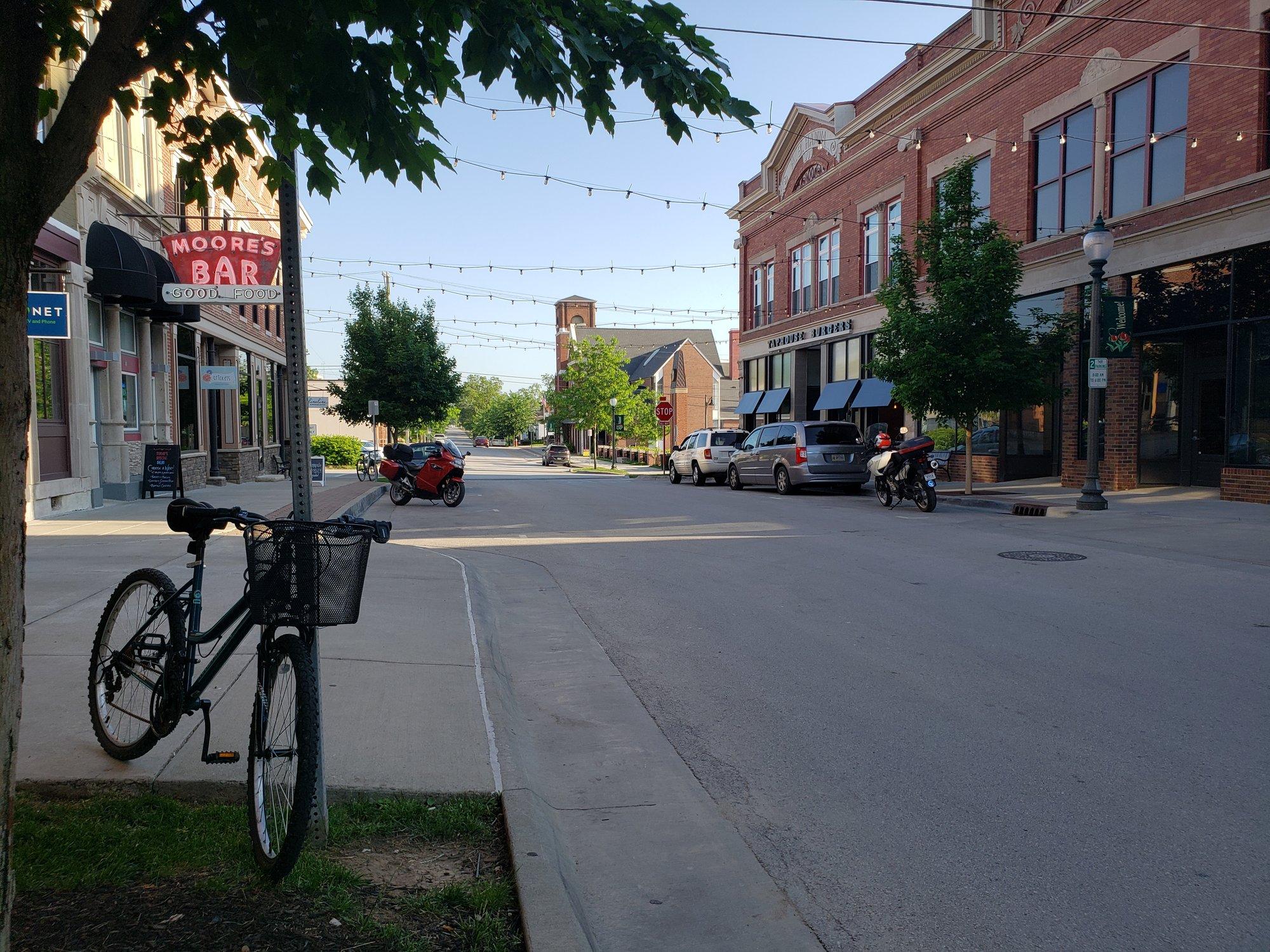 bikes_downtown.jpg