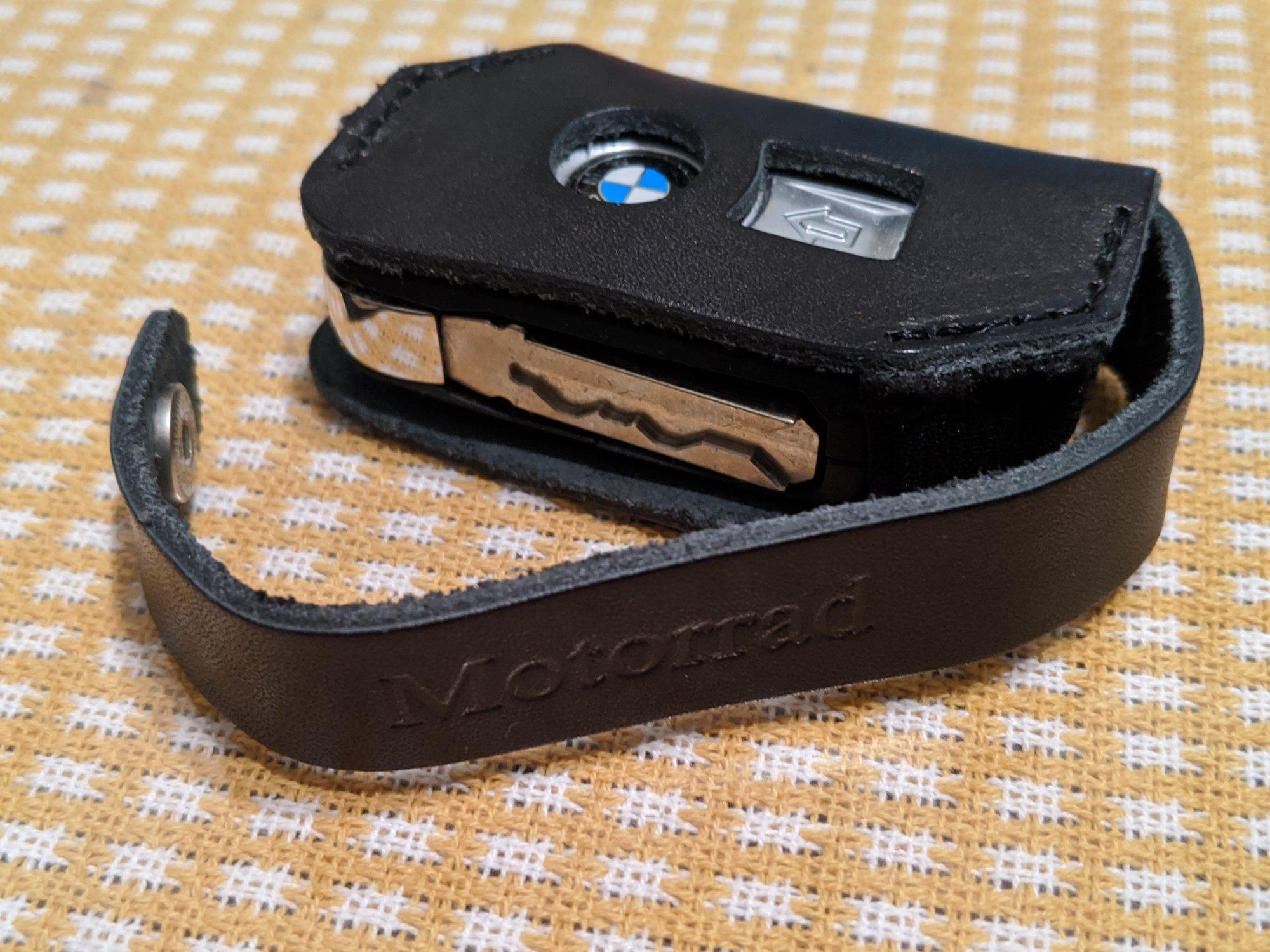 BMW key.jpg