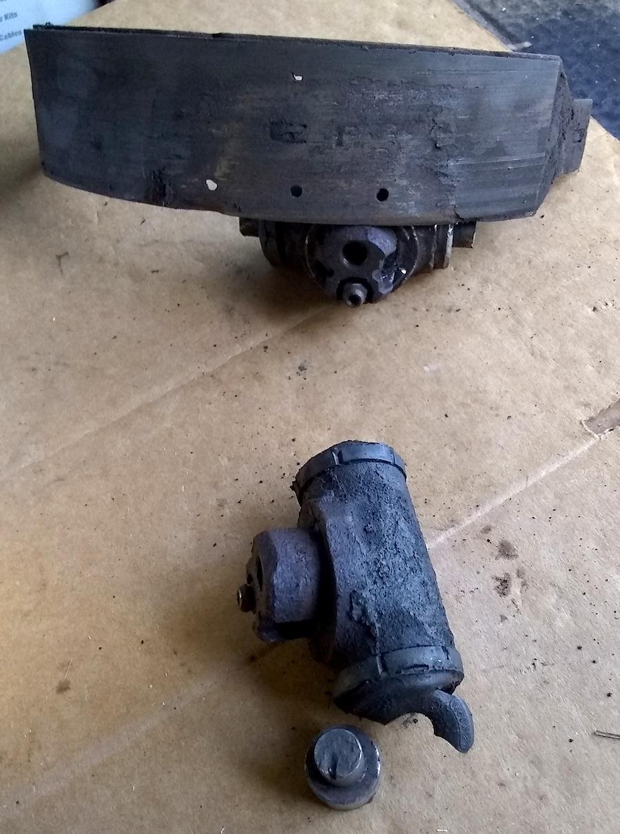 brake broke.jpg