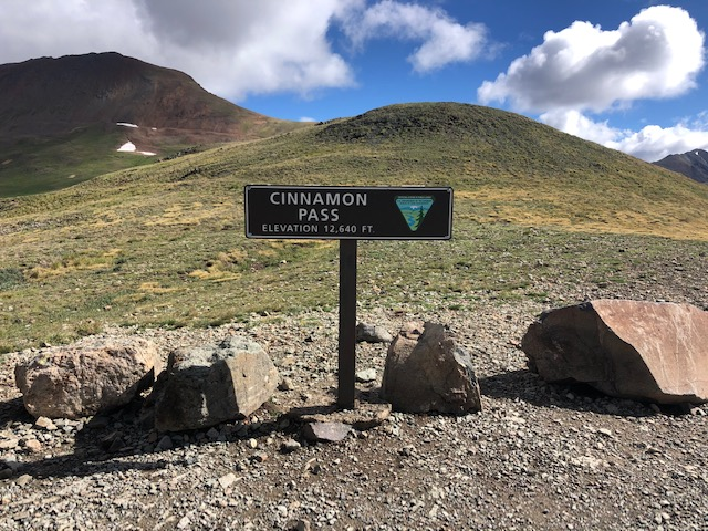 cinnamon pass sign.JPG