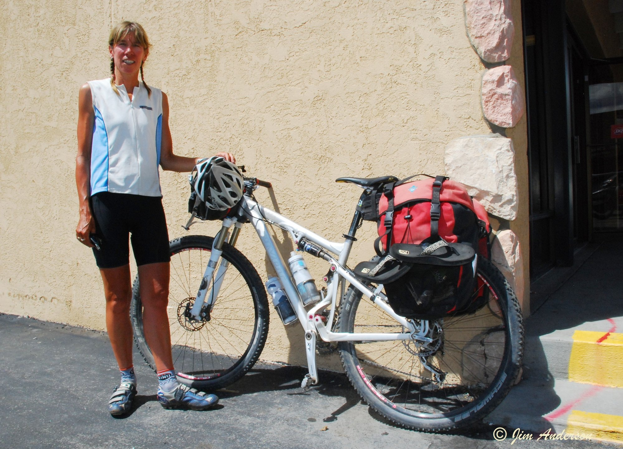 DSC_7220 Nancy_Banff to Silverthorn_28 day CDT.JPG