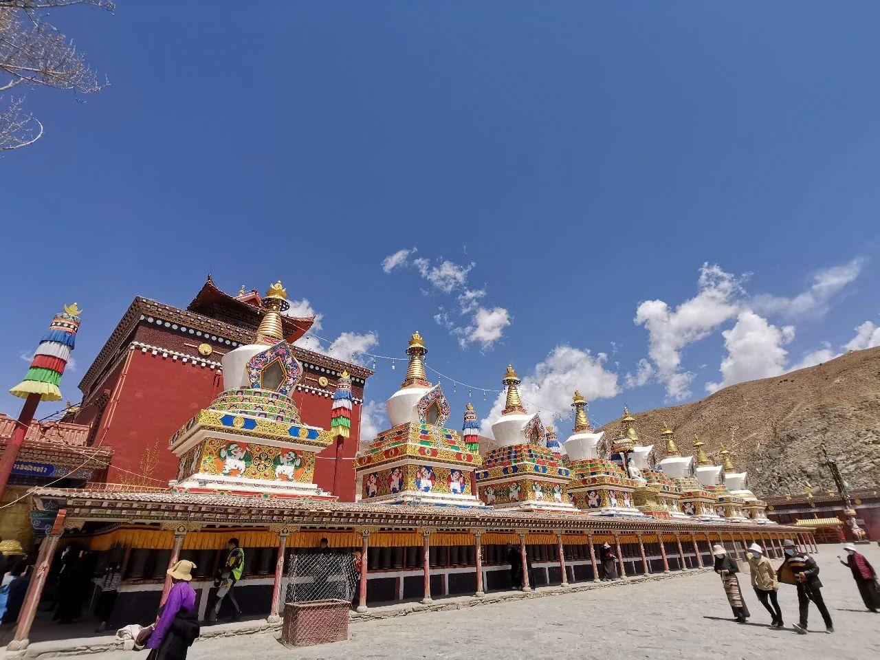 Explore the holy Yushu (3).jpg