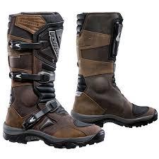 Forma Adventure Boots.jpg