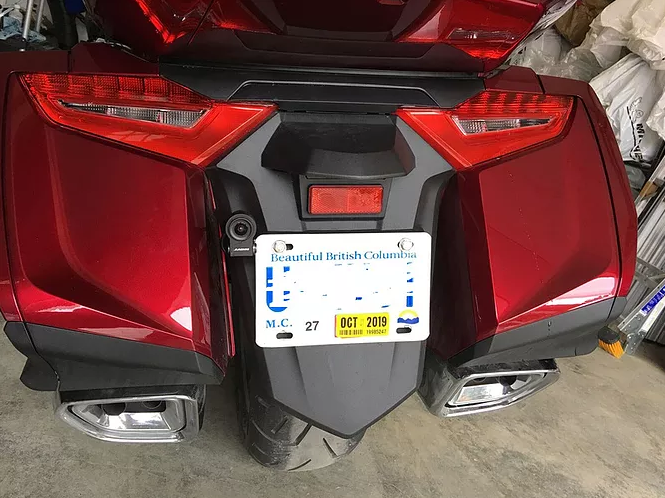 INNOVV K2 Motorcycle camera system installed on 03.png