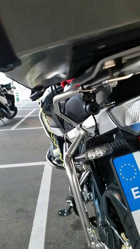 INNOVV K2 Motorcycle system installed on BMW R 1200 GSA 2018 - 02.jpg