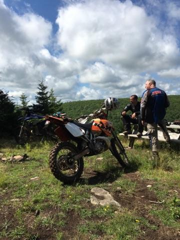 KTM 200 on Trail.jpg