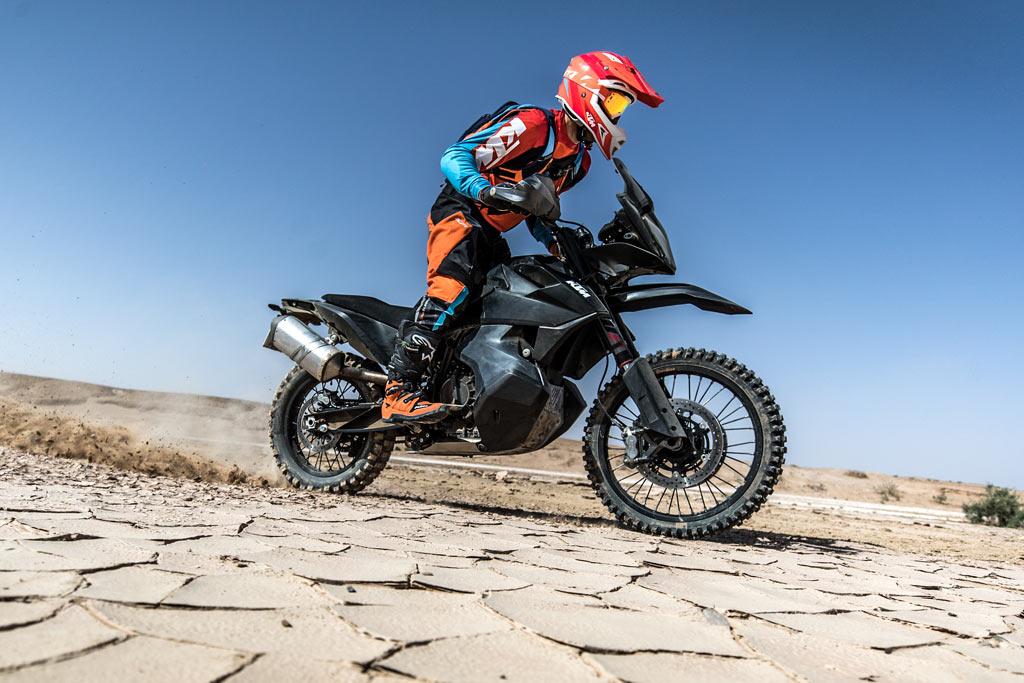 ktm-790-adventure-r-rally-race-morocco-3.jpg
