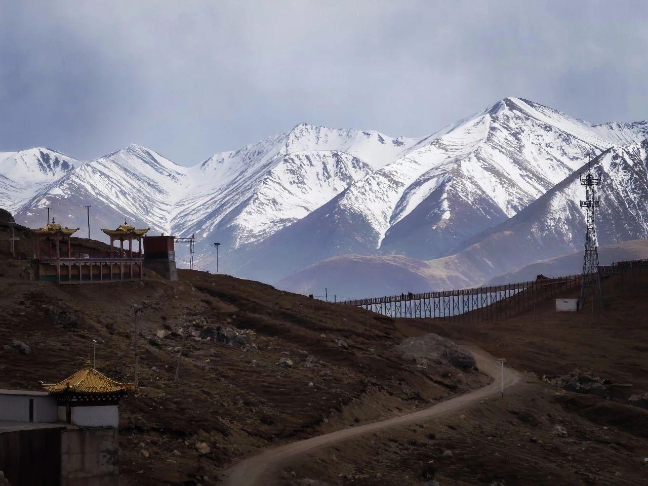 Meet the secret territory of eastern Tibet, the sky city Zizhu Temple (5).jpg