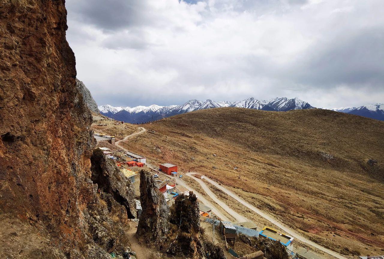 Meet the secret territory of eastern Tibet, the sky city Zizhu Temple (9).jpg