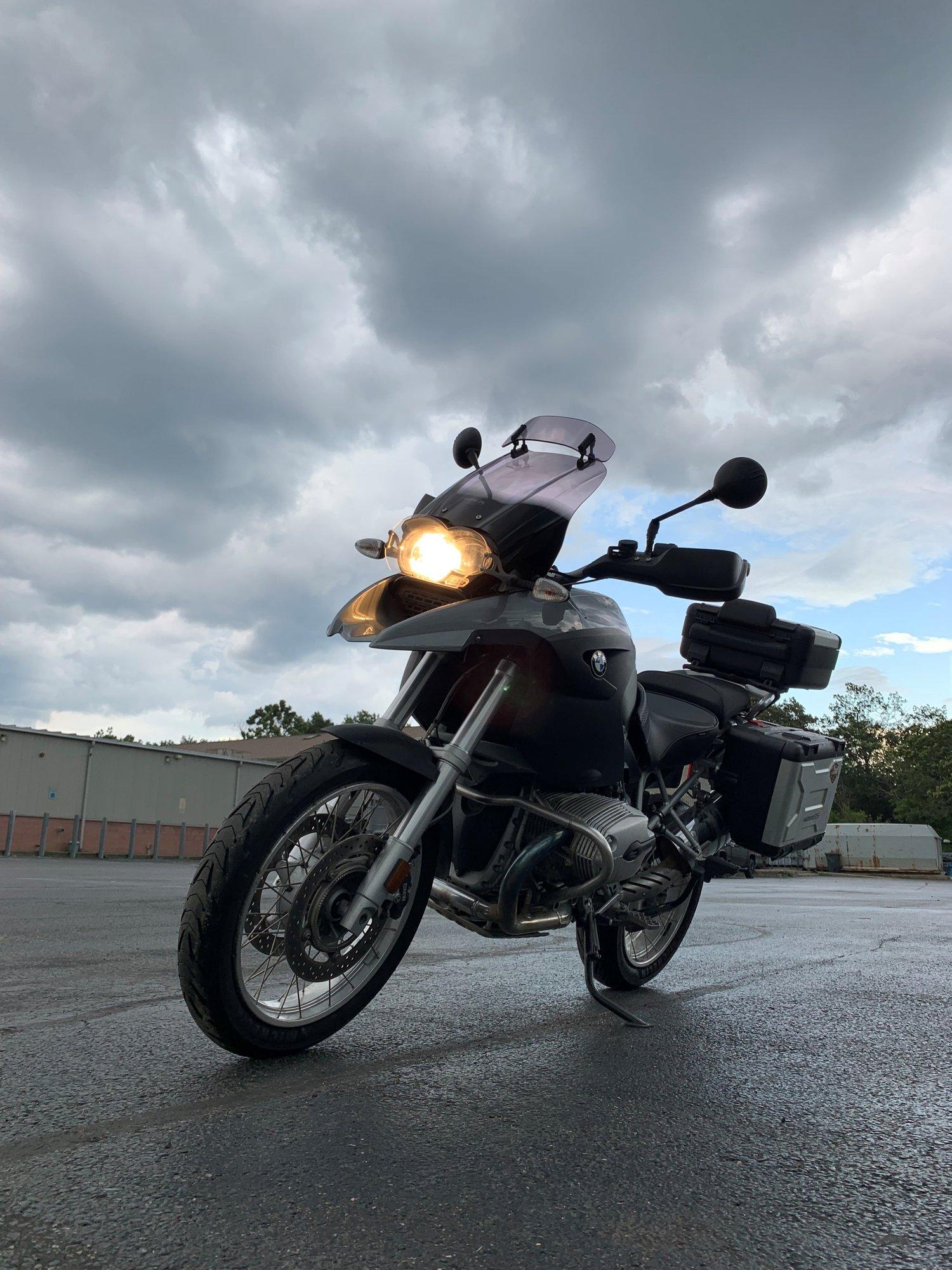 Moto - Side.jpg