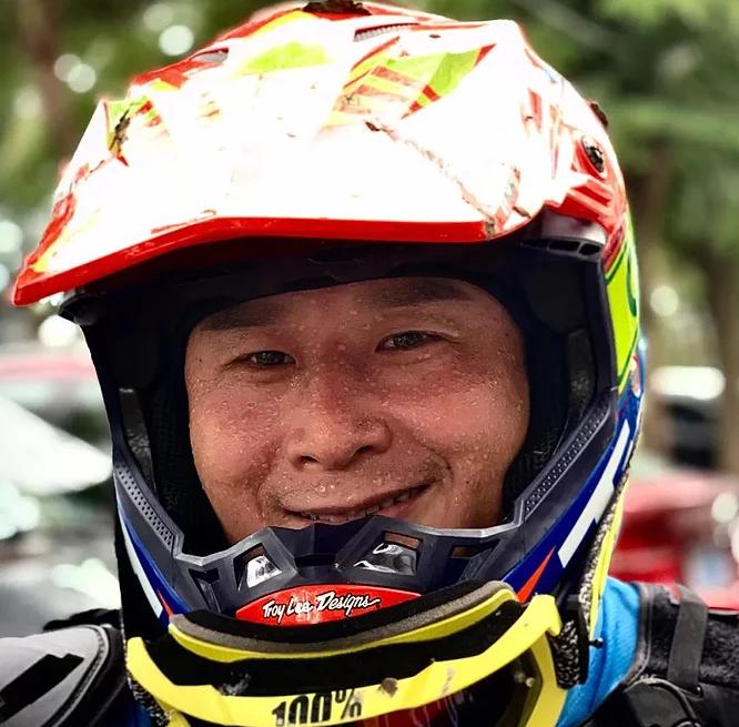 motocross-2.png