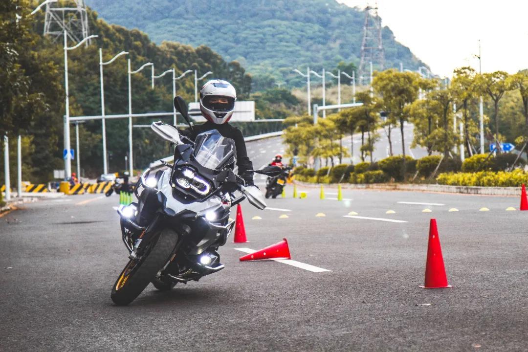 motorcycle training-15.jpg