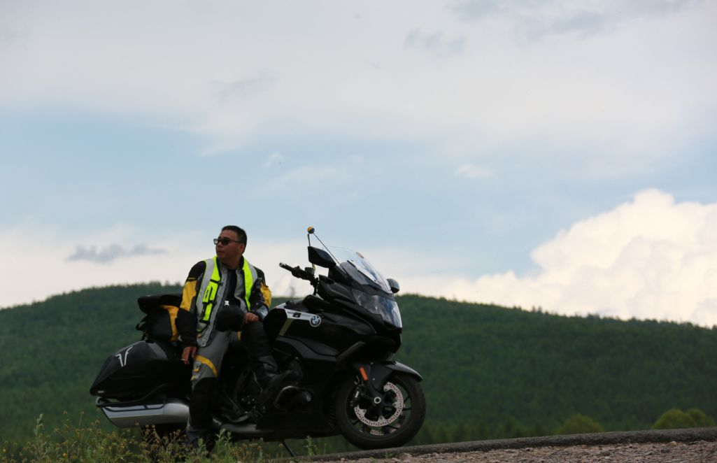 Motorcycle trip around the Hulunbeier Grassland-16.jpg