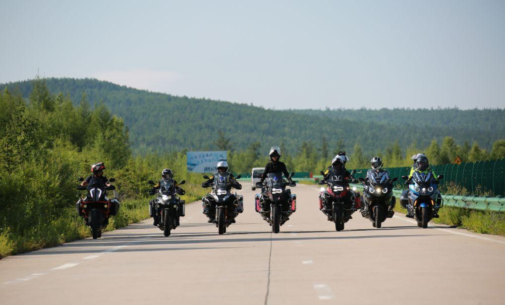 Motorcycle trip around the Hulunbeier Grassland-18.jpg