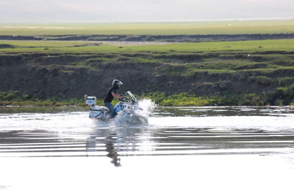 Motorcycle trip around the Hulunbeier Grassland-20.jpg