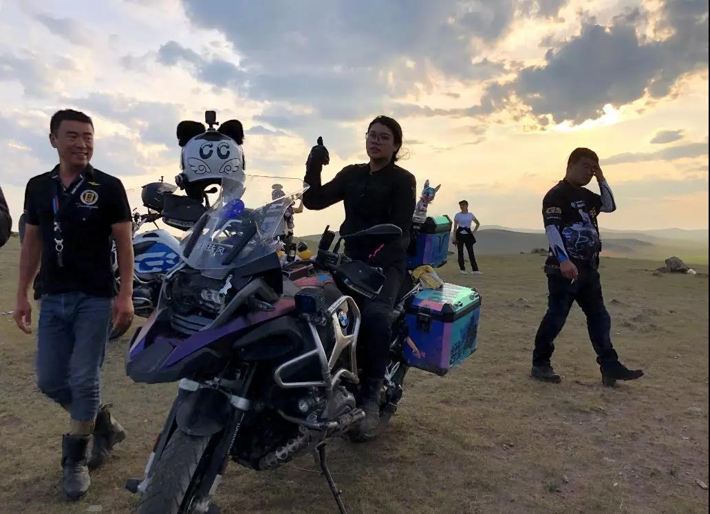 Motorcycle trip around the Hulunbeier Grassland-6.jpg