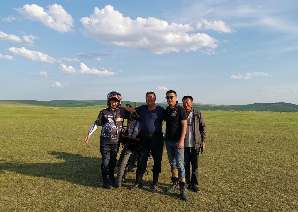 Motorcycle trip around the Hulunbeier Grassland-7.jpg