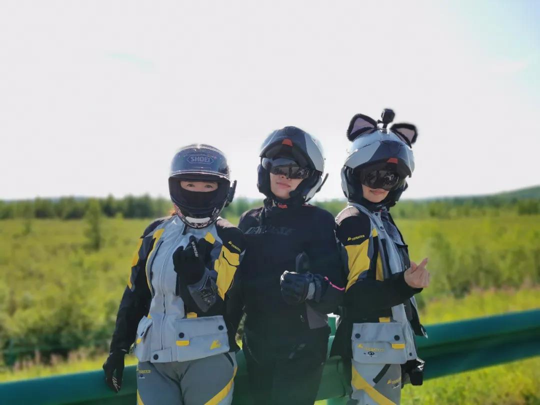 motorcycle trip in grassland-14.jpg