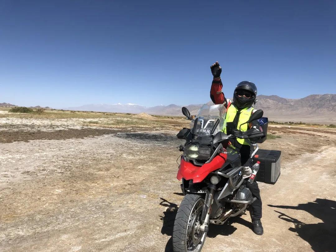 motorcycle trip in grassland-6.jpg