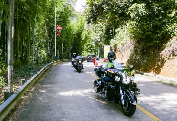 Motorcycle trip through Longmen County  (2).png