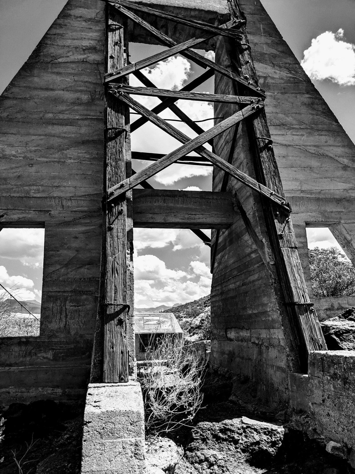 old_verde_river_sheep_bridge.jpg