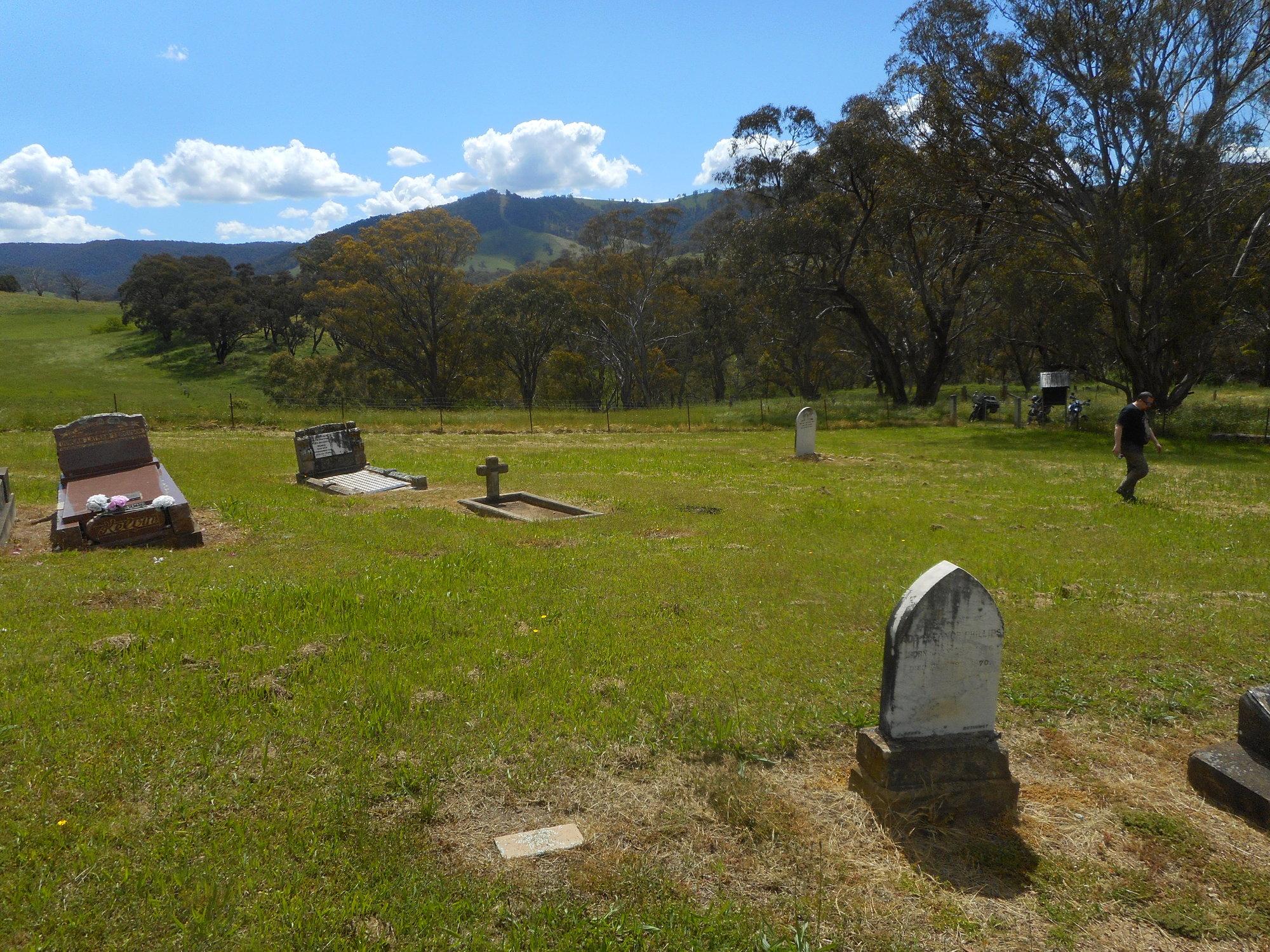 palmers oakey cemetery.JPG