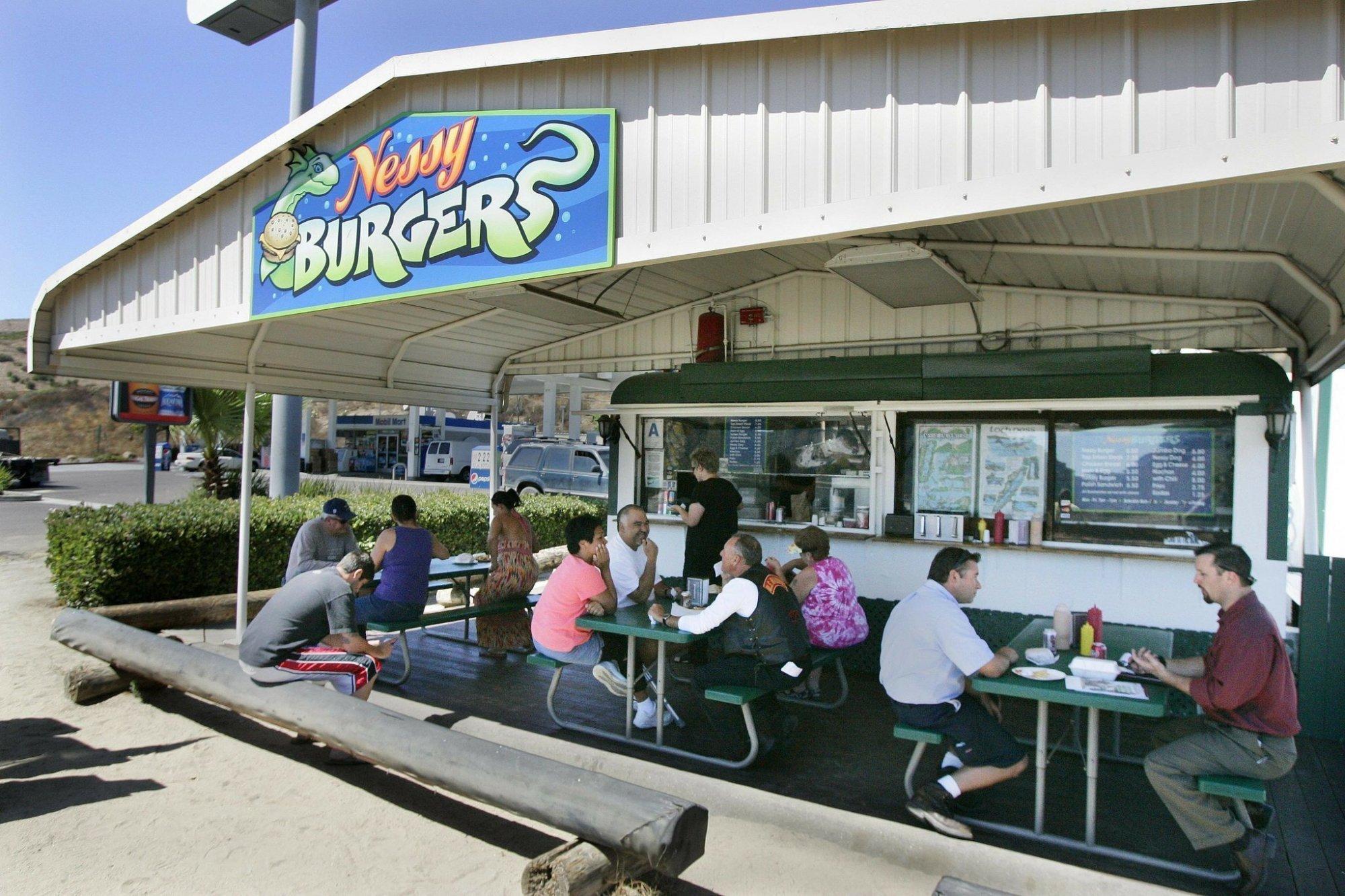 sdut-nessy-burgers-fallbrook-disappears-will-live-again-2012apr10.jpg