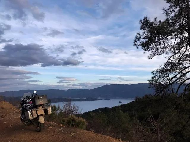Solo Motorcycle Touring AcrossThe Luya Line-23.jpg