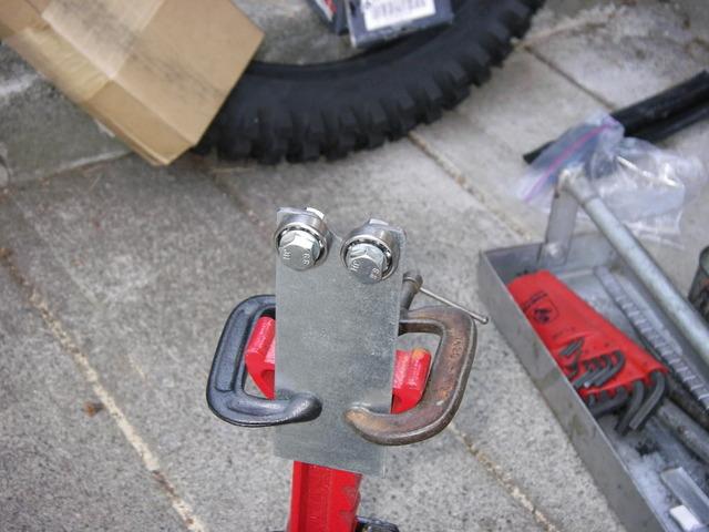Tire balancing stand detail.JPG