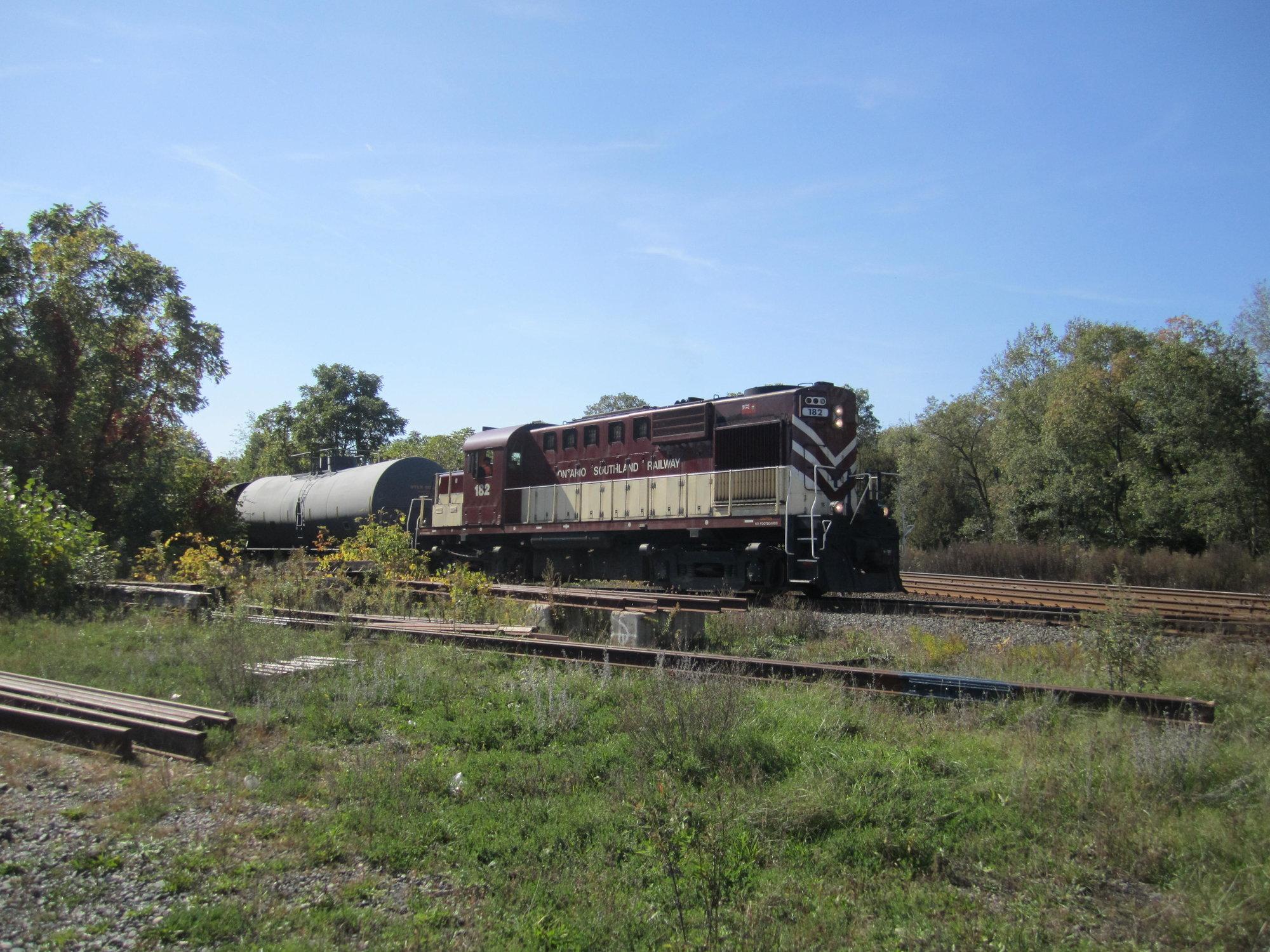 train 002.jpg