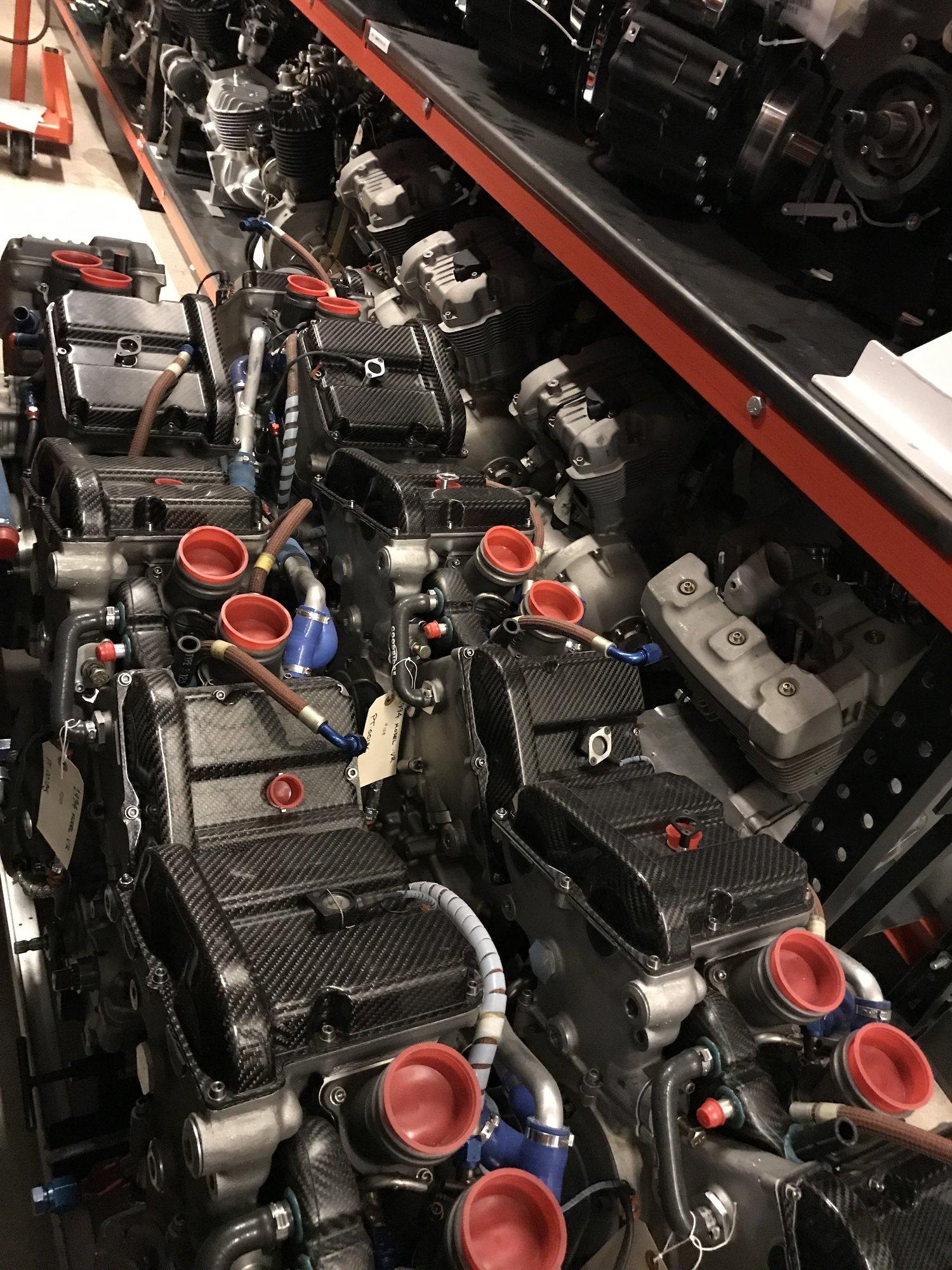 VR1000 engines H-D museum.jpg