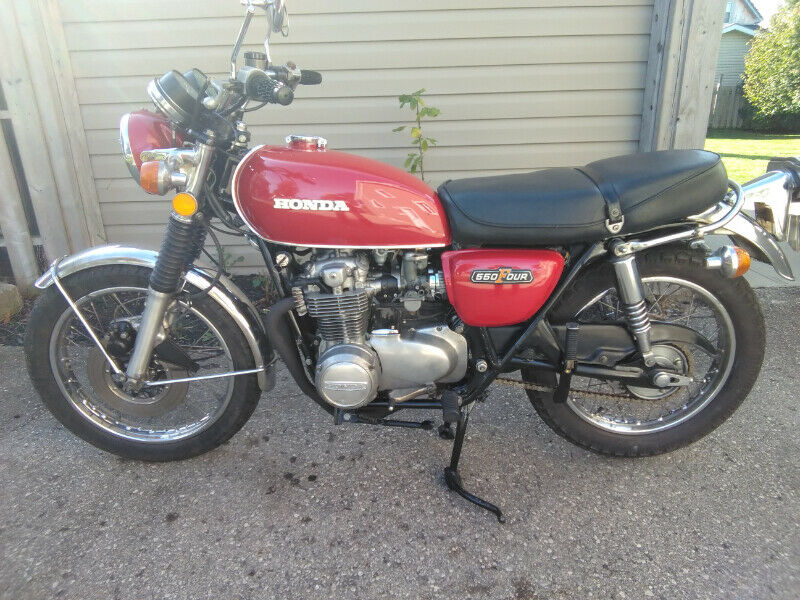 A fine-looking example of vintage SOHC Honda. Photo: Kijiji