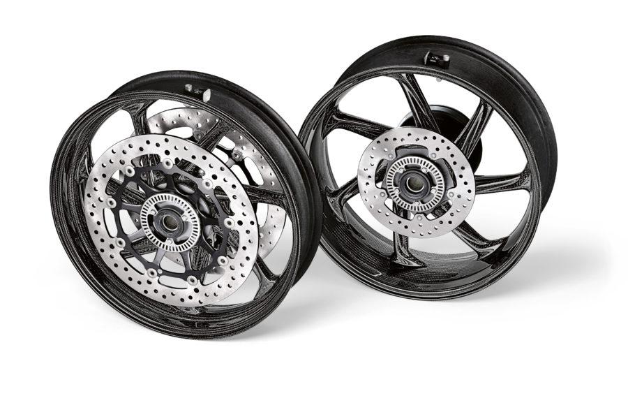 BMW M Performance carbon fiber wheelset