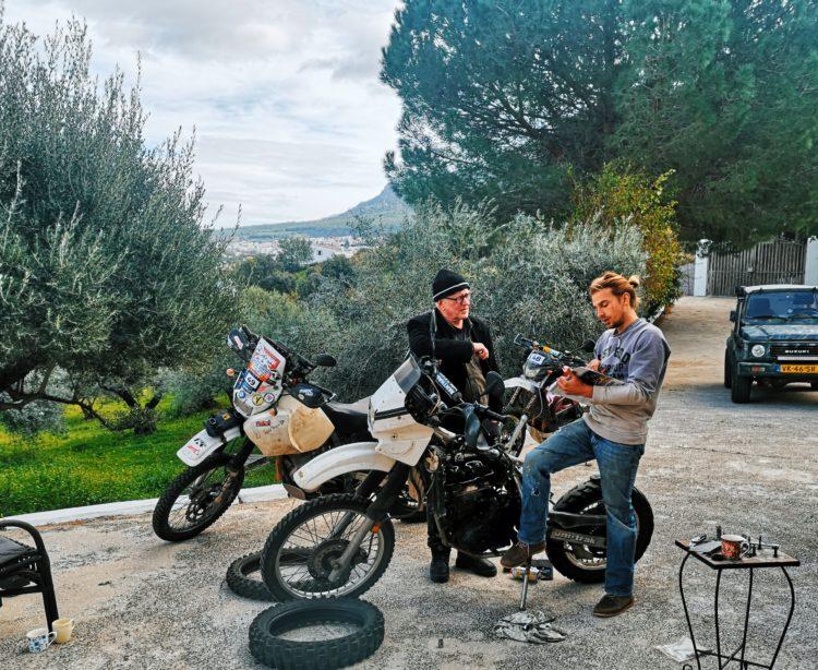 Project Bike: Resurrecting an 1987 KLR // ADV Rider